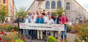 Gruppenfoto zur 15-Jahrfeier 2017